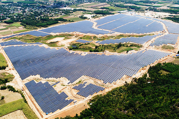 ベトナム太陽光発電所